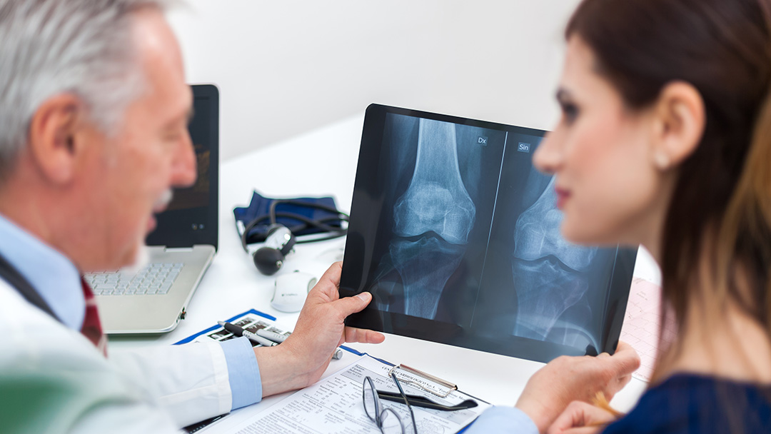 Orthopaedics doctors consultation